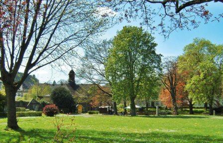 Der ehemalige Lustgarten bietet heute ein außergewöhnliches Flair für den Biergarten