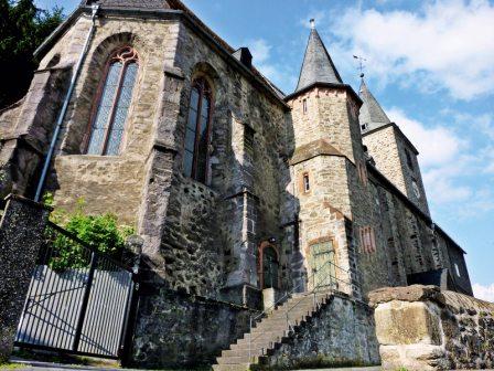 Die Evangelische Stadtkirche beherbergt die Fürstengruft der oranien-nassauischen Fürstenfamilie