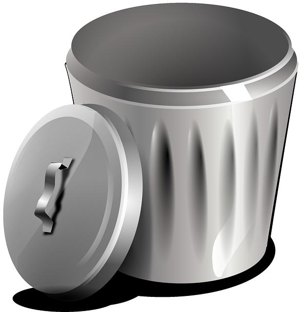 Ein Mülleimer aus Metall