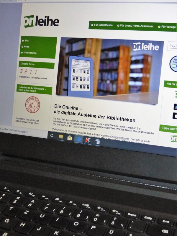 """Die """"Onleihe"""", die digitale Ausleihe der Bibliotheken, ist rund um die Uhr zu erreichen. (Foto: Kilian Scharf)"""